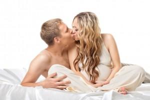 Занятия любовью в семейной паре