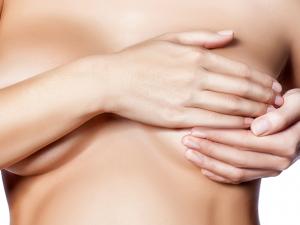 Болит грудь после родов
